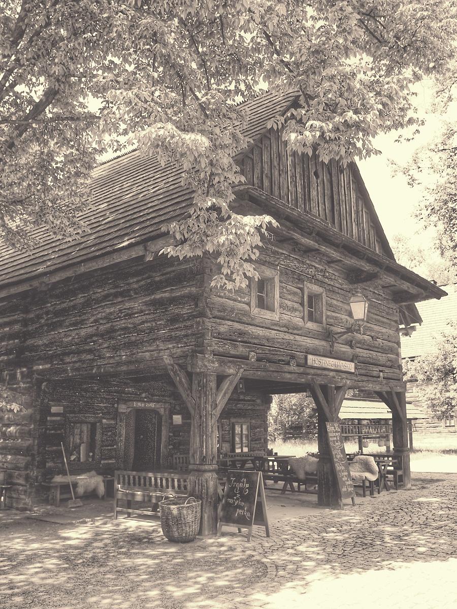 10. Dřevěné Městečko