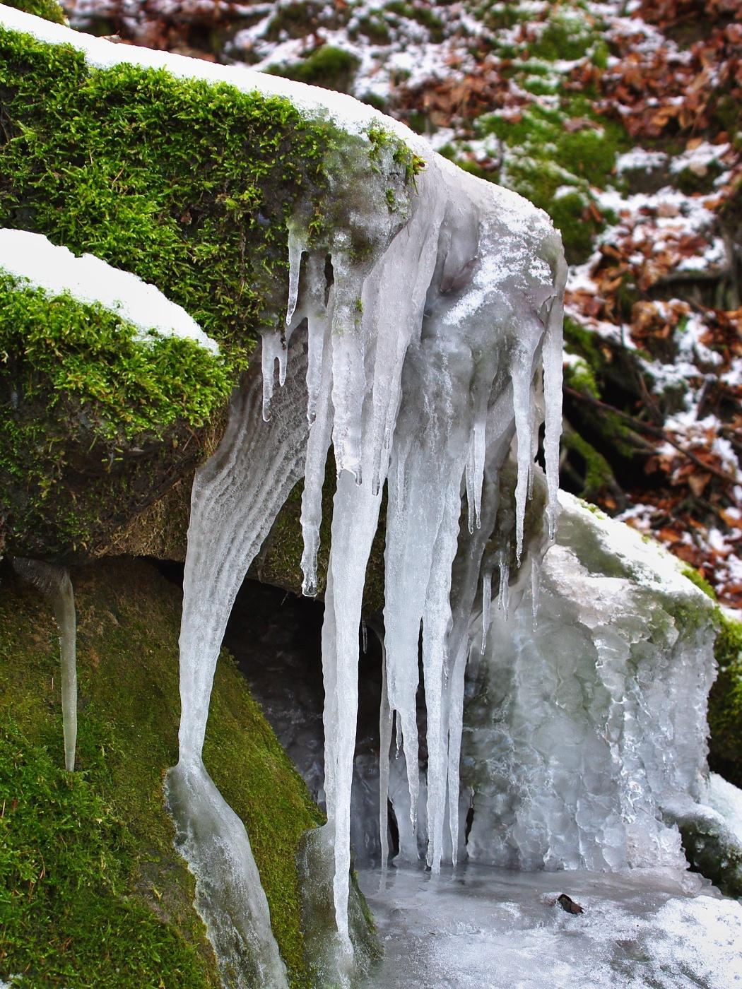 2. Zamrzlý potok
