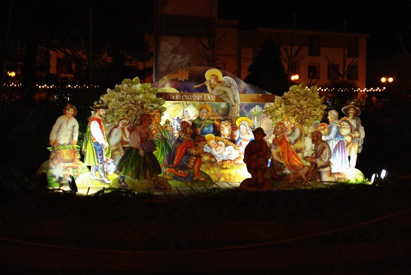 21.  Slavnostní rozsvícení vánočního stromu