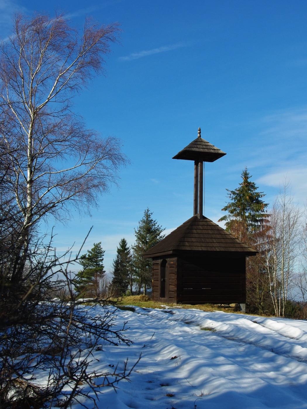 24 . Zvonička na Kyčerách