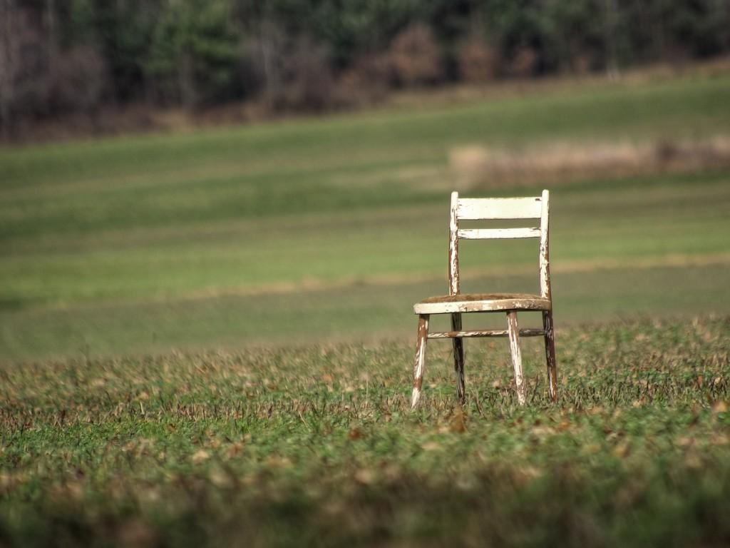 33. Židle