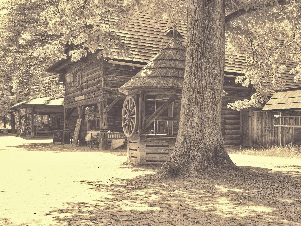 9. Dřevěné Městečko