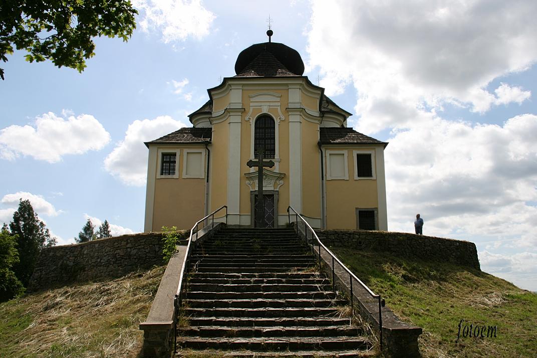 kostel Maková